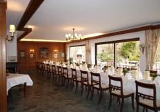 restaurant zirbelstube tafel